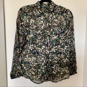 Zara Basic Cameo Print Button Down Blouse